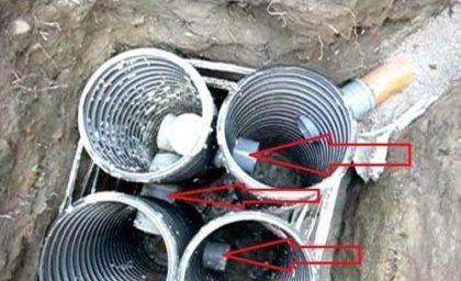 Емкости соединены трубами перелива