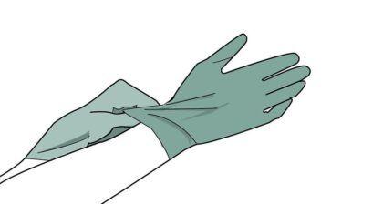 Наденьте хозяйственные резиновые перчатки