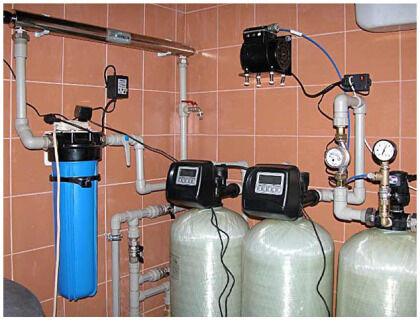 Счетчики воды в очистительной системе коттеджа
