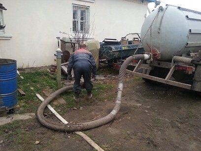 Откачать канализацию