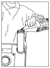 Залейте дезинфицирующую жидкость