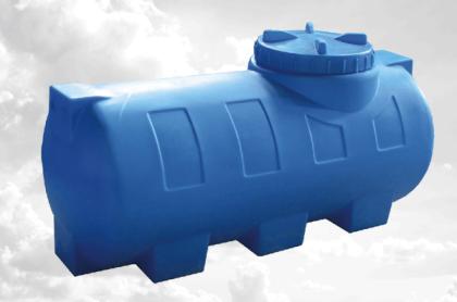Пластиковая емкость для хранения воды