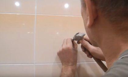 Процесс накернивания плитки