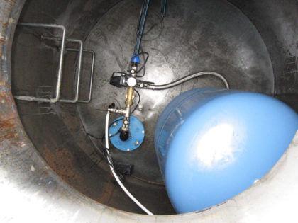 Установка насосного оборудования в кессон