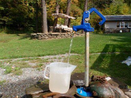Чистая вода из абиссинской скважины