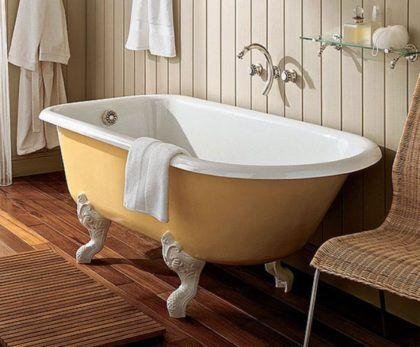 Красивая чугунная ванна