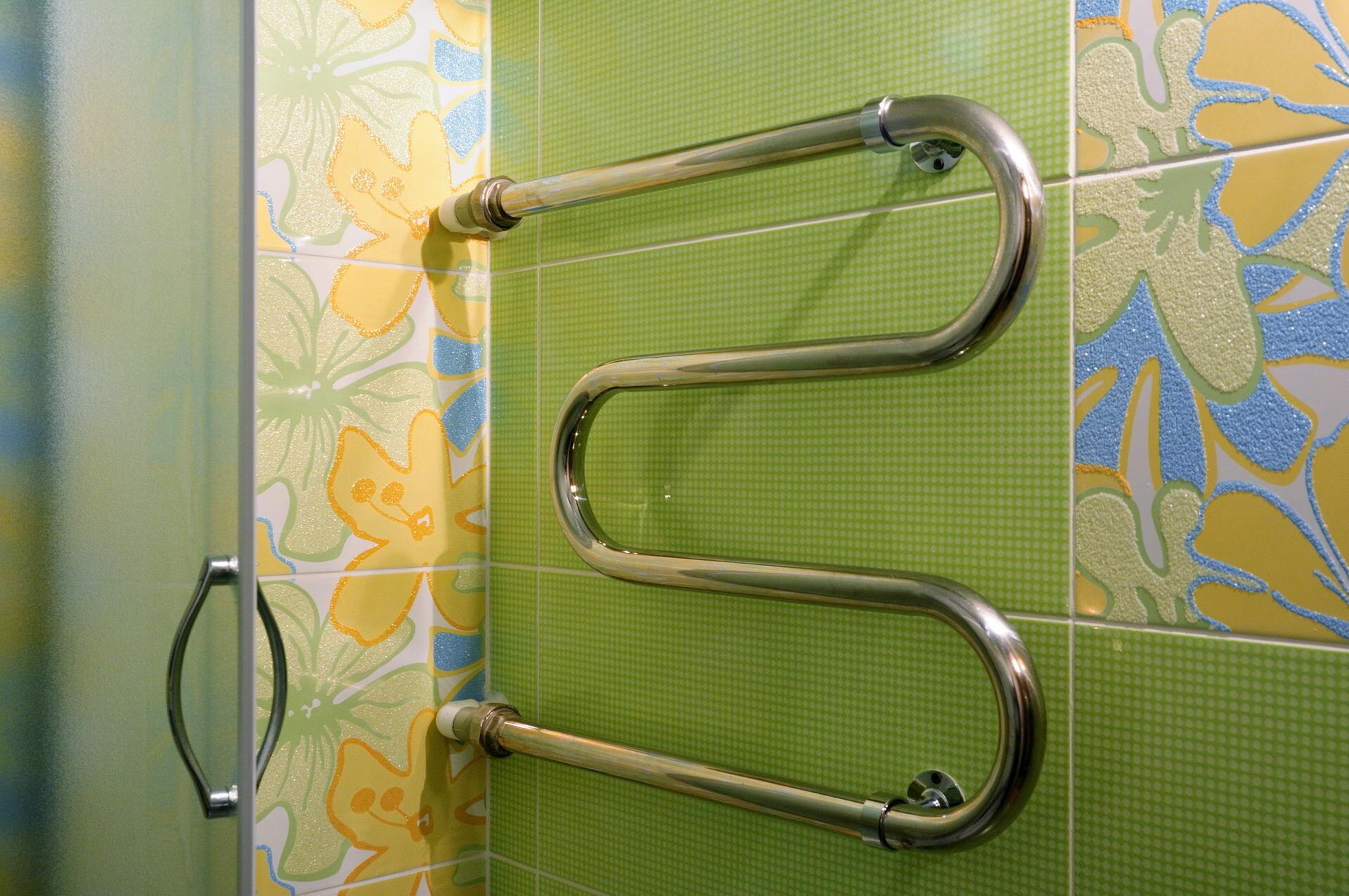 Установке полотенцесушителя в ванной