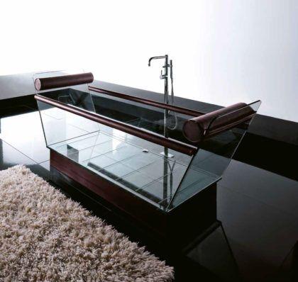 Стеклянная отдельностоящая ванна