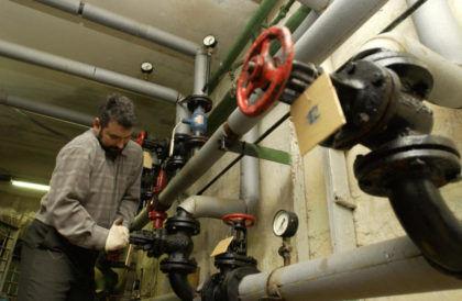 Существует несколько причин снижения напора в водопроводной системе