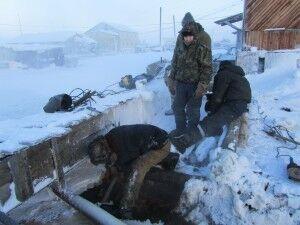 Зимний ремонт канализации не похож на праздник