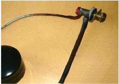 Пластиковая трубка на впускном отверстии уменьшит шум воды