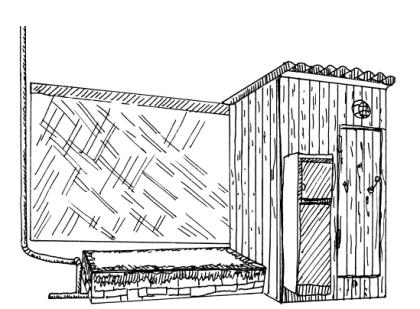 Поверхностный септик рядом с дачным туалетом