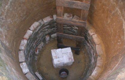 Сооружение стенок ямы