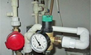 Давление воды в водопроводе: определение нормы
