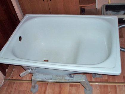 В чем заключаются достоинства и недостатки чугунных ванн