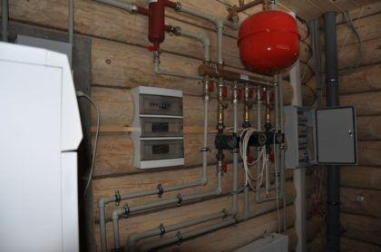 Расширительный бак для водоснабжения, коллектор