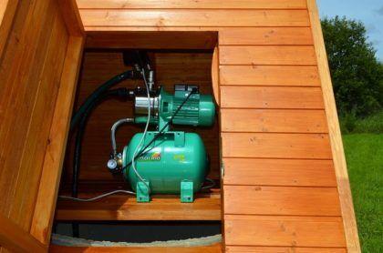 Электронасос автоматически подаст воду в дом, что весьма удобно и практично